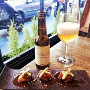 #rabitos #anguila #queso (Idiazábal) y cerveza Mustache