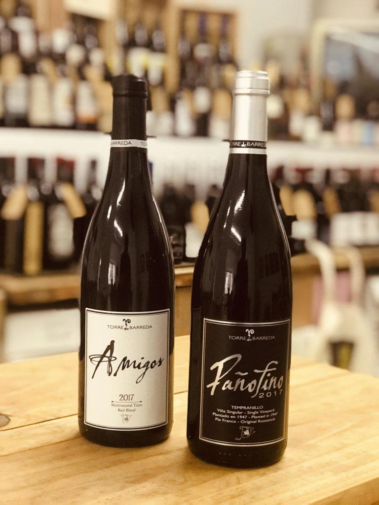 Amigos y Pañofino son vinos de Bodegas Barreda